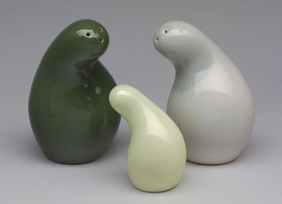 Ceramic salt and pepper set by Eva Zeisel