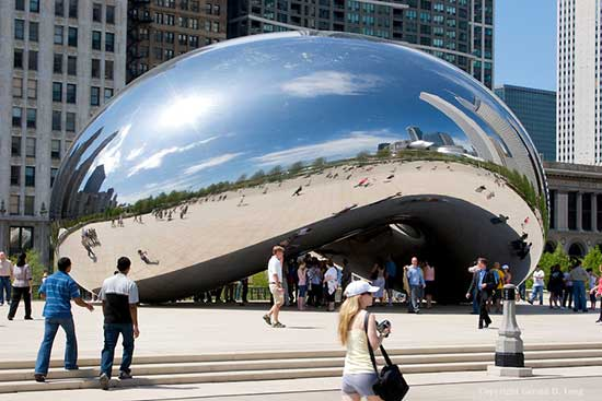 Stainless steel sculpture by Anish Kapoor