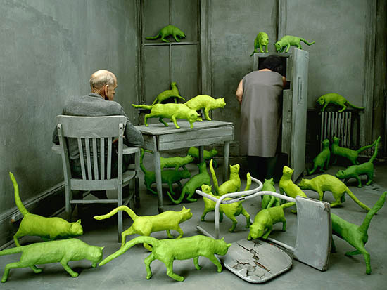 Sandy Skoglund photograph Radioactive Cats
