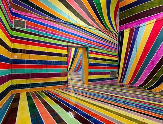 Markus Linnenbrink painted gallery installation with stripes